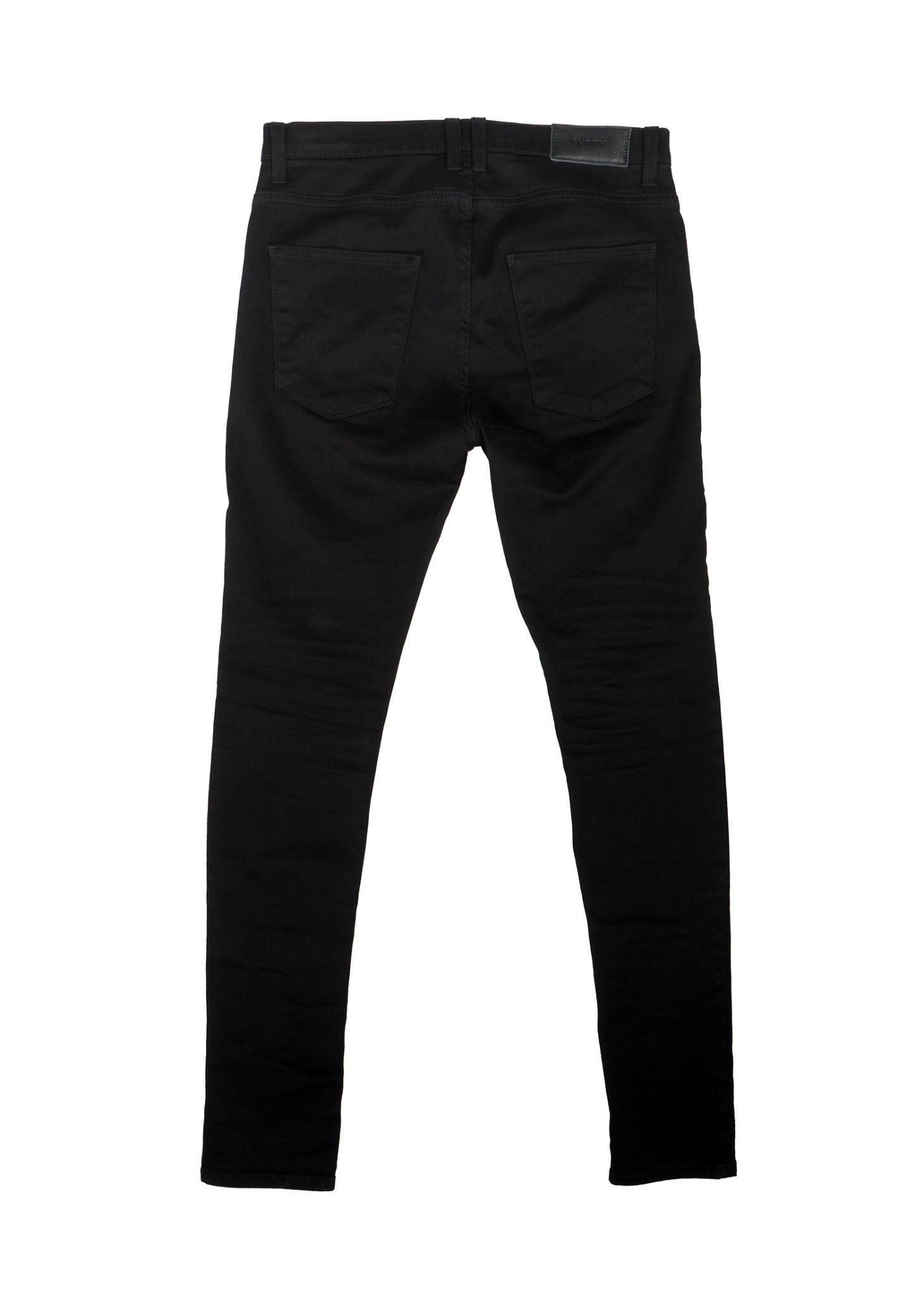 These are the best skinny jeans, I don't have pencil legs (I'm about 5'11 and lbs, 14% bodyfat) and they don't cling to your body like yoga pants.